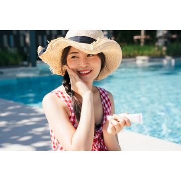 Защита от солнца: как уберечь кожу от негативного воздействия ультрафиолета?